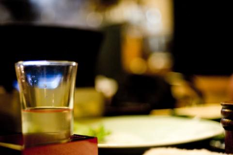 新潟人は日本酒を年間一升瓶8本以上飲む。もちろん全国一位