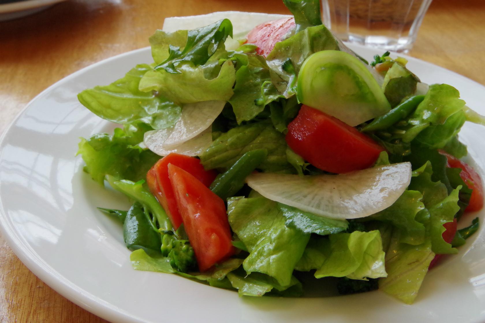 絶品サラダに驚き!農家レストラン「ラ・トラットリア・エストルト」。 タカギ農場に行ってきた!その2
