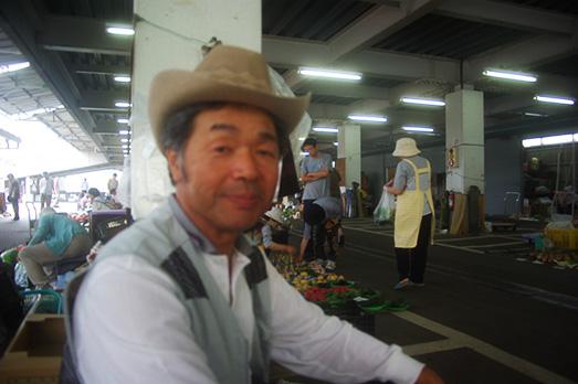 09_hakusan-market