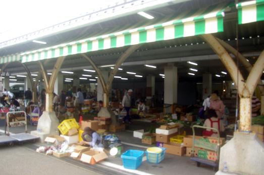 10_hakusan-market