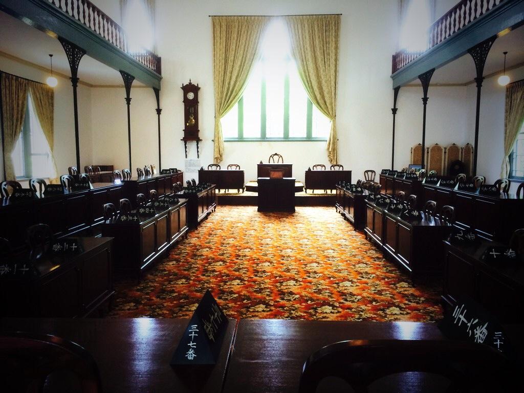 まるで映画のワンシーン!「鳴り天井」が珍しい明治初期建築の重要文化財「新潟県政記念館」に行ってきた