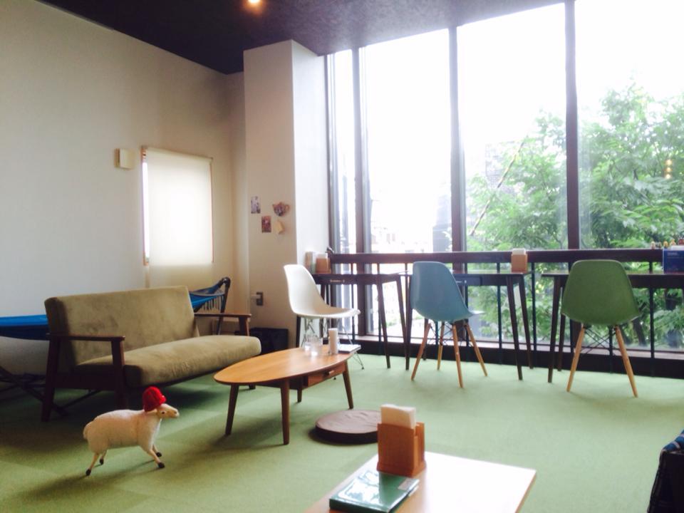ブリキのおもちゃに悶絶必死!新潟市西区内野のブックカフェ「イロハニ堂」に行って来きた