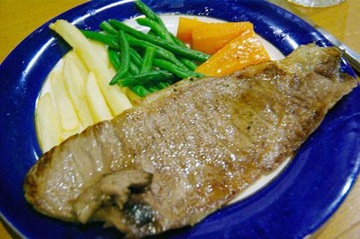 佐渡でもめったに食べられない「幻の和牛」!?「佐渡牛」のステーキを「こさど」さんで実食!