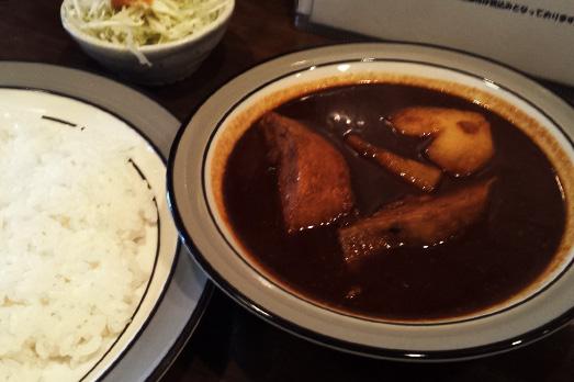 辛さ星5つの激辛カレー!! 新潟市の本格インドカリー「タージ・マハール」 はシビれるほど辛い!?