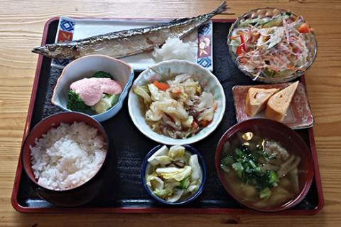 日替わり定食(サンマ)