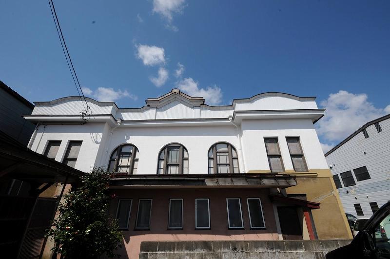 全国の古い建物好きに告ぐ。今、上越市の「高田世界館」に行かないと本当に後悔するよ!