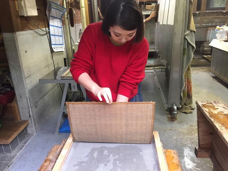 【十日町市】深すぎる和紙の世界! まつだいに伝わる「伊沢和紙」を楮から作るツアーに参加してきた