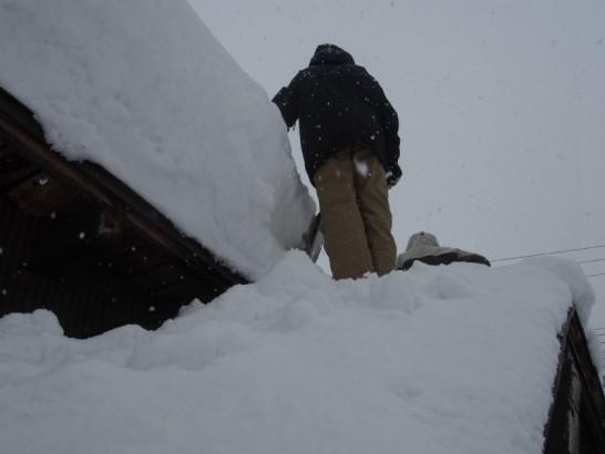 05_屋根の上へ